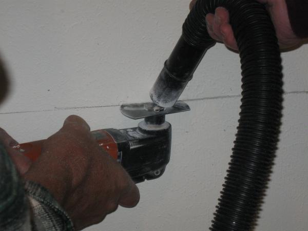 Vacuum Dust While Cutting